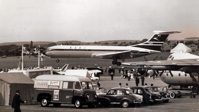 Historical images of Farnborough